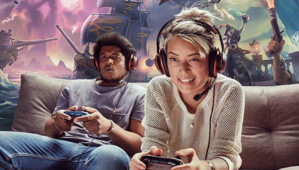 GCD-personen-met-headset-zitten-op-bank-spelen-xbox-games